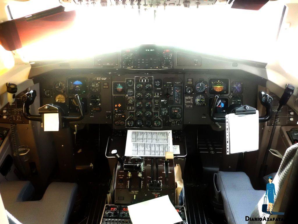 cabina ATR-72 Canaryfly- DiarioAzafata.com